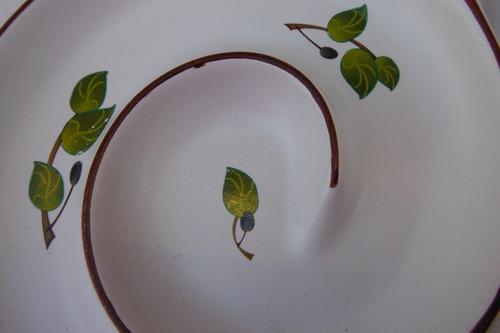 plato shonfeld usa spiral ceramic olive serving dish salsa