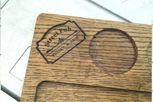 plato tabla de madera asado c\ ensaladera personalizada
