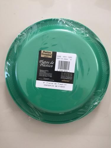 plato verde 9  de plástico