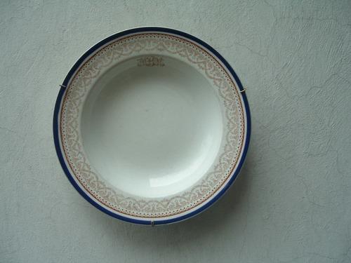 platos orilla azul muy antiguos
