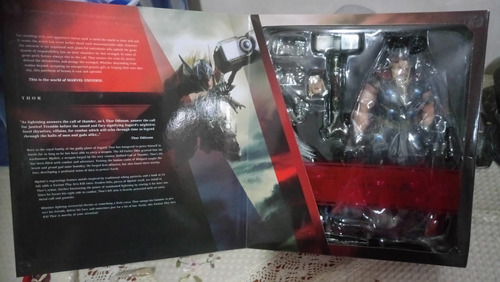 play arts kai - thor