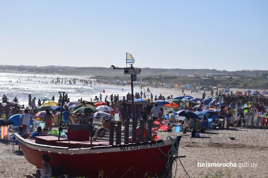 playa de los botes , hermoso entorno divina bien equipada