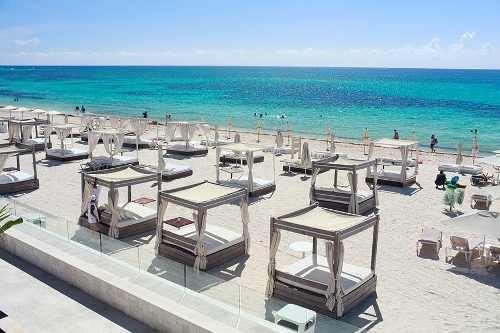playa del carmen, preventa de 14 departamentos de lujo  a  4 cuadras de la playa