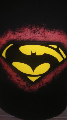 playera  batman vs superman con luz led audioritmica