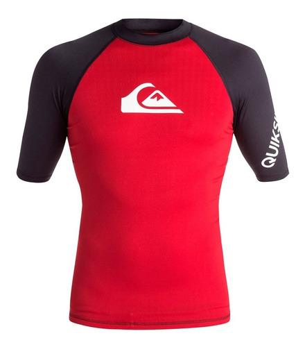 playera deportiva para surf ajustable rojo negro quiksilver