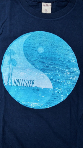 playera hollister california color azul modelo navy.