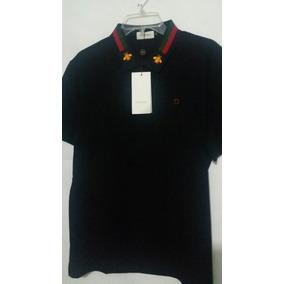9fb472fbb872d Playera Gucci Abeja Dorada Negro Polo Camiseta