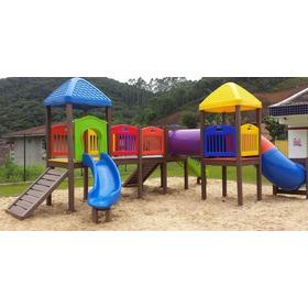 Playground Em Madeira Plastica Rotomoldado (02 Torre Cobe...