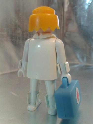 playmobil - doctor muñeco  de 1974 geobra