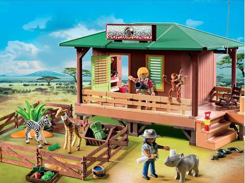playmobil® estación de guardaparques con área de animales