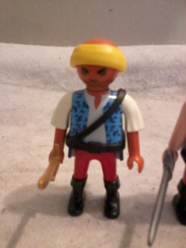playmobil lote numero dos de piratas