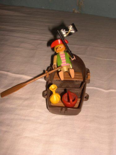 playmobil pirata + bote! miralos!