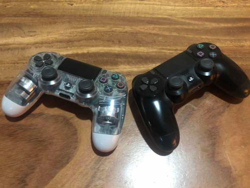 playstation 4, 500 gb, 2 controles y tres juegos