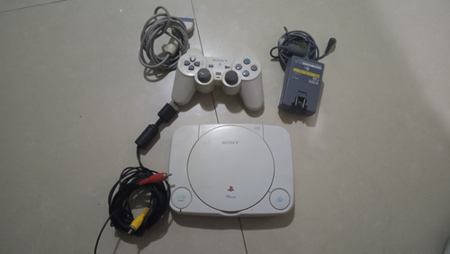 playstation one en buen estado + control