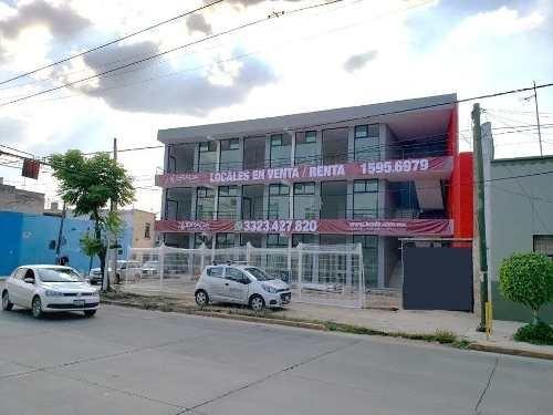 plaza aquiles serdán, local 4