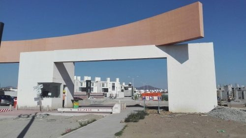 plaza comercial san josé local 1