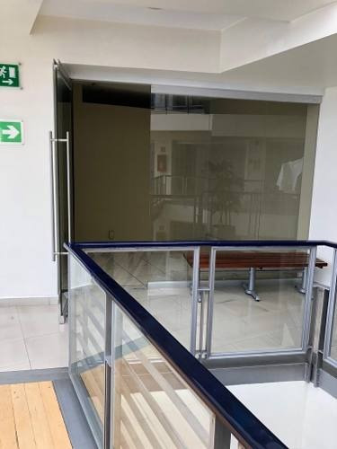 plaza cuajimalpa renta local 46 de 35 mts ideal oficina, con