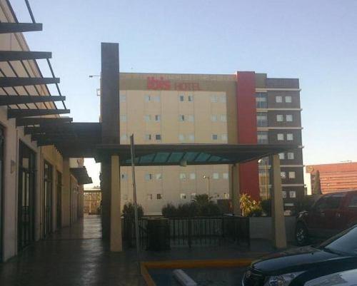 plaza victoria 3 locales renta 12,000 c/u gamudir mm0214