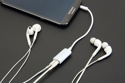 plug doble audio  de  para celular y mp3
