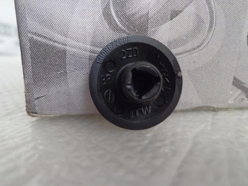 plug grampo do carpete gol voyage saveiro g5 g6 original
