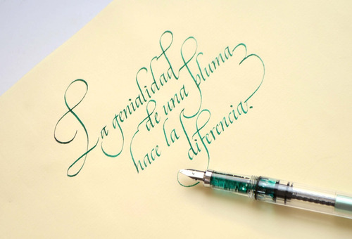 pluma fuente caligráfica rellenable fina