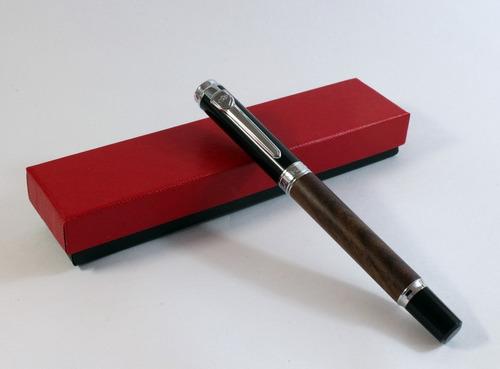 pluma fuente con cuerpo de madera punto medio + cartucho