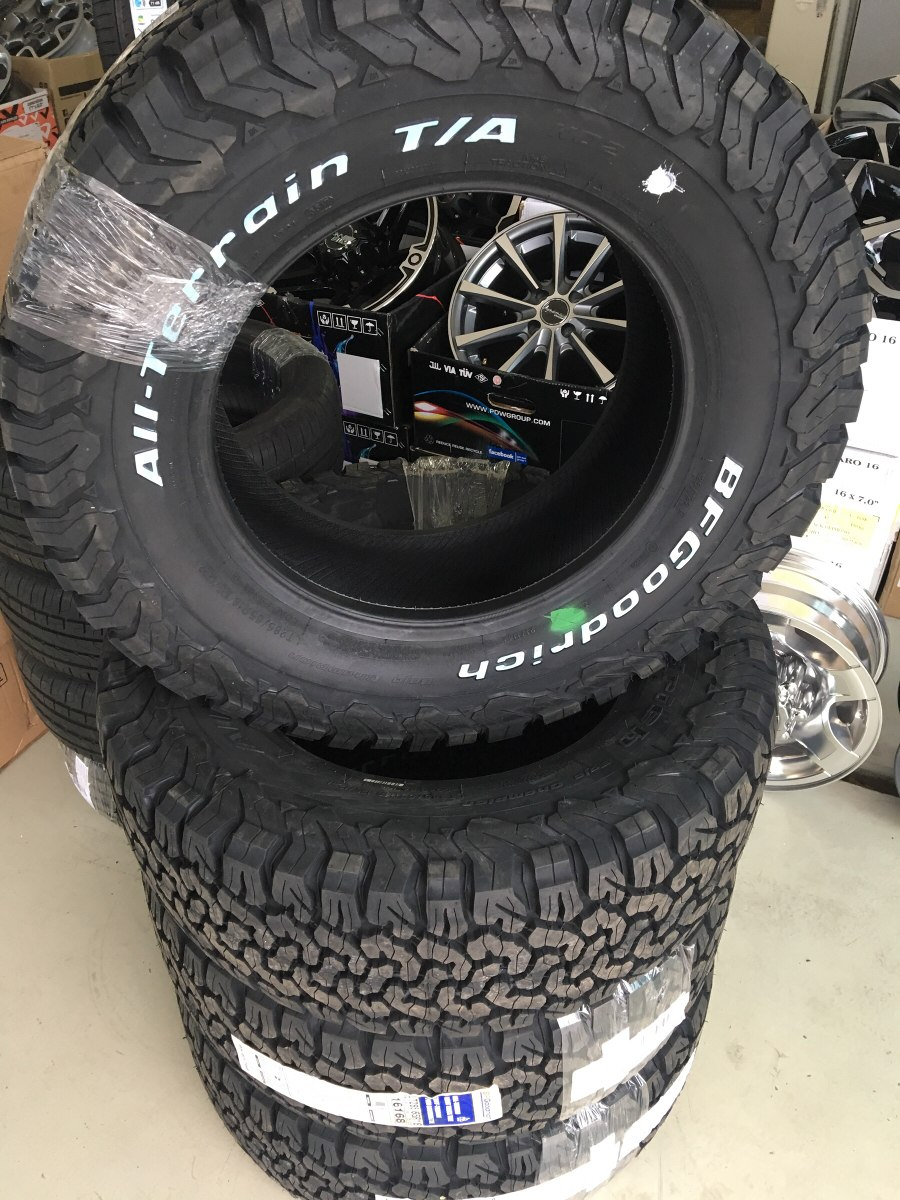 Bf Goodrich All Terrain >> Pneu Bf Goodrich Aro 18 285/65r18 All Terrain Ranger S10 ...