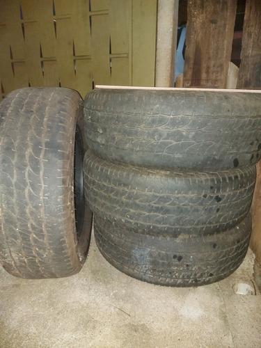 pneus 265/60/18    0s quatros