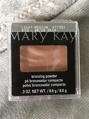 pó bronzeador compacto light-medium