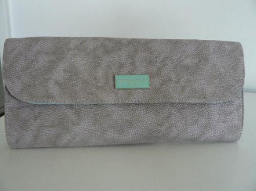 pochette / pouch ( 25 cm de largo / 12 cm de ancho)