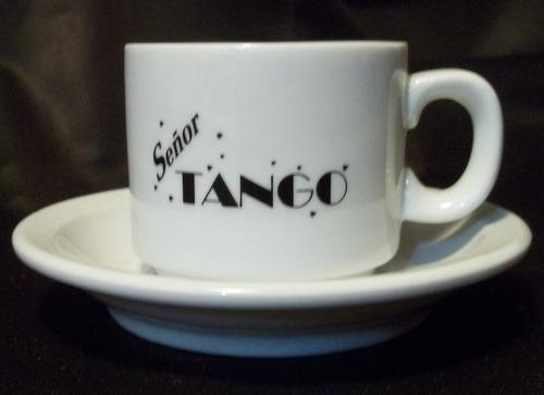 pocillo de cafe con logo señor tango