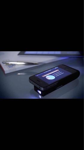 pocket projector para iphone 4 brookstone