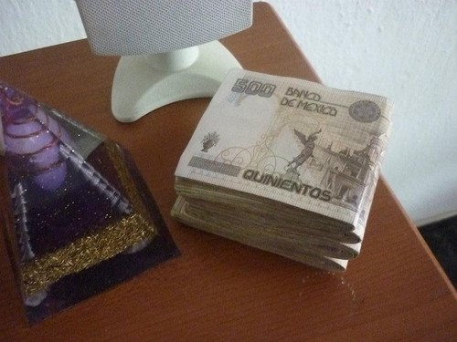 poderoso amuleto cubano de abundancia preparado por santeros
