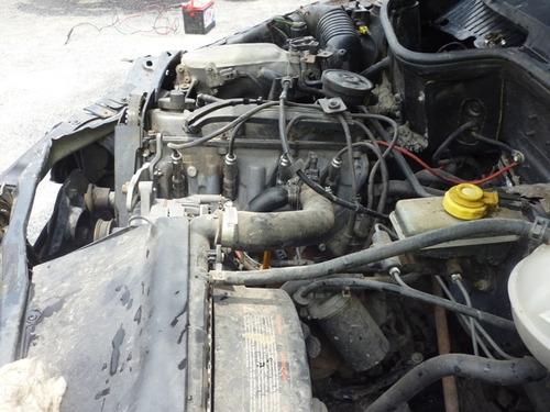 pointer 2004 chocado, 4 puertas motor 1.8 rin 18