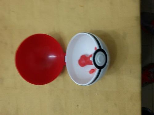 pokebolas. pokemon go pelotas lol con sorpresa