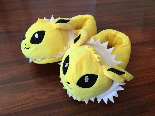 pokemon pantuflas tamaño adulto eevees evolución