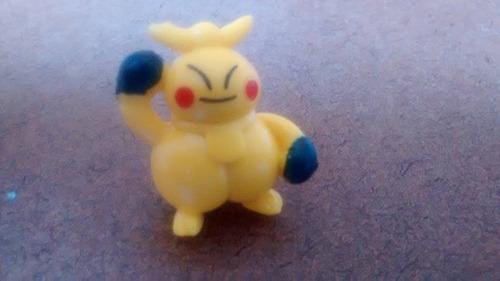 pokémons em miniatura - makuhita