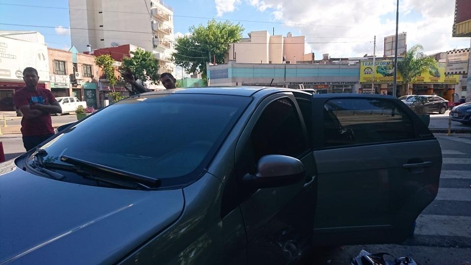 bd43c95509 Polarizado Parabrizas Zona Warnes - $ 990,00 en Mercado Libre