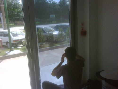 polarizado y lamina de seguridad para casa y oficinas