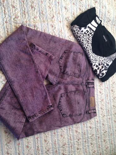 polera animal print y jeans lila opossite