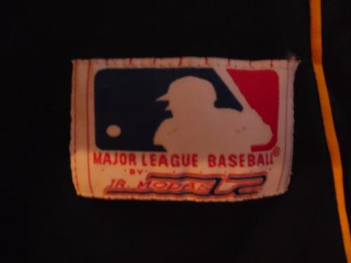polera con motivo de baseball (n° interno 118)
