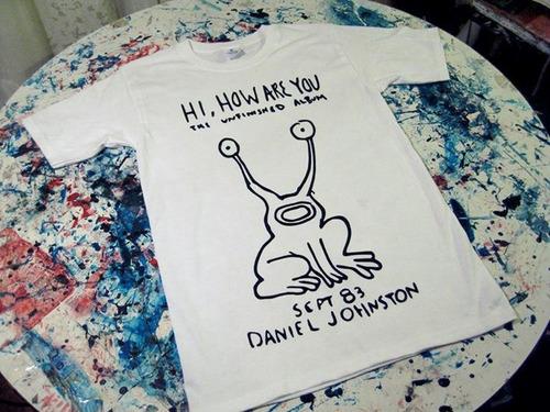 polera de daniel johnston hi how are you