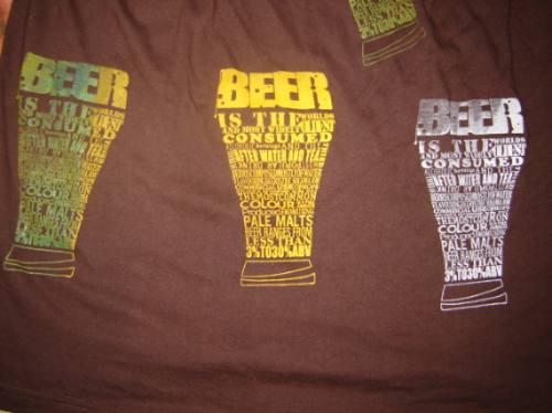 polera estampada beer en serigrafia