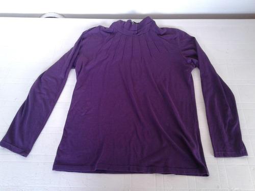 polera violeta ver de algodon con botoncitos talle l
