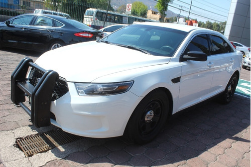 police interceptor aut blanco 2014