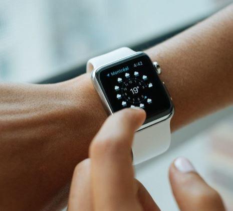 polimento de relógios (incluindo telas touch)