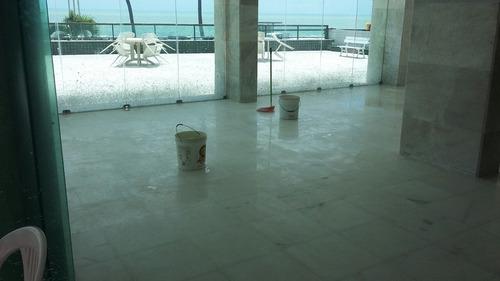 polimento lustrado em piso de mármore e polimento em borda d