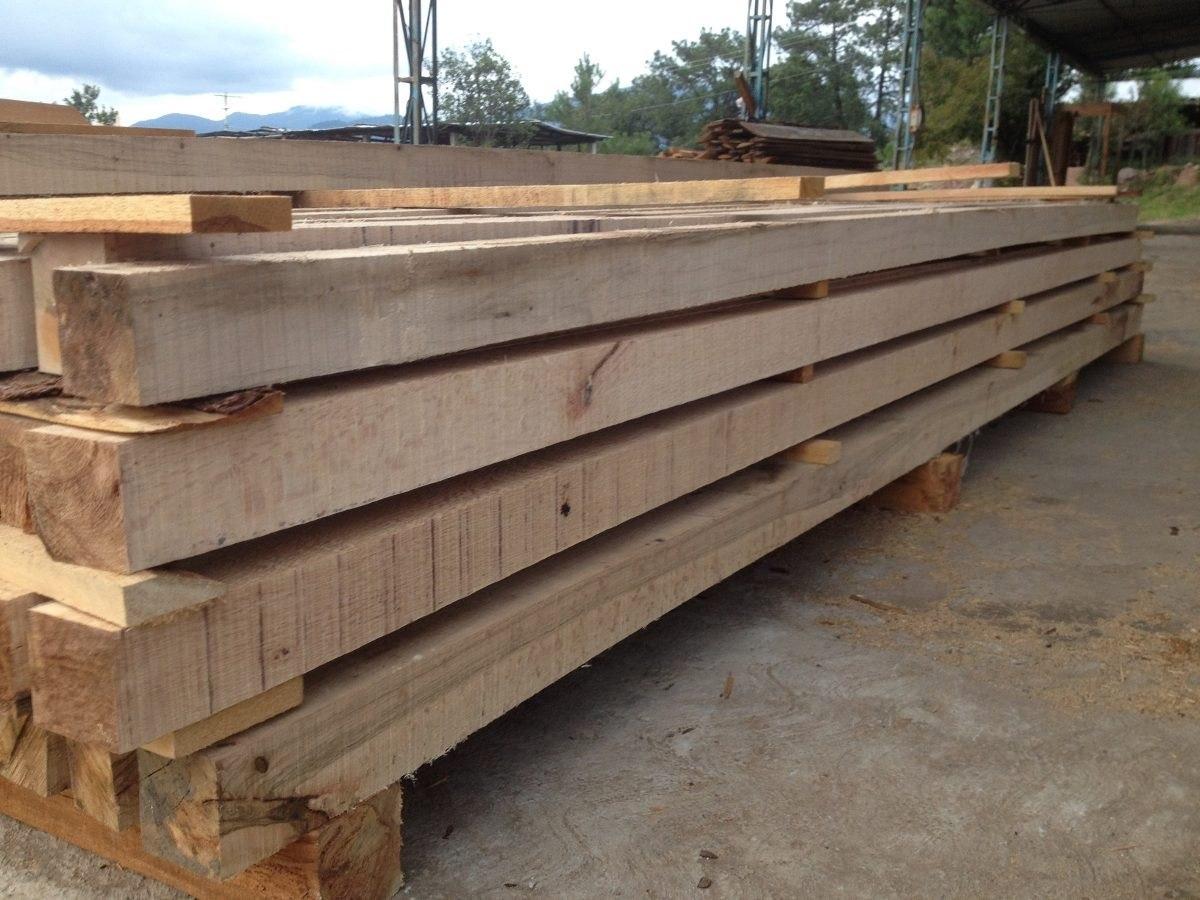Viguetas de madera simple listones madera techo ventilado for Tejados vigas de madera