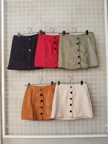 c24f34fba Pollera Minifalda Corta Con Botones Adelante De Corderoy
