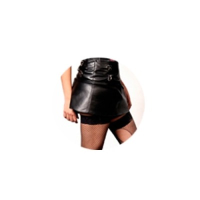 pollera negra confeccionada en ecocuero talles especiales